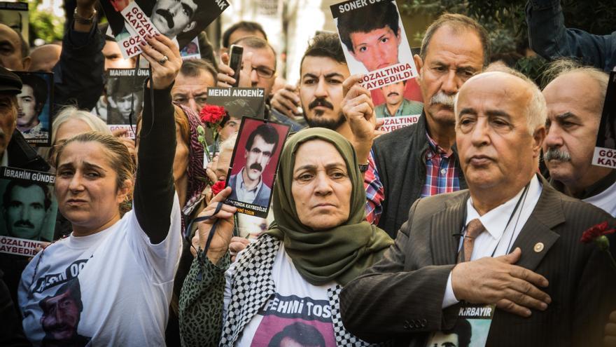 El colectivo de familiares de las 'Madres del sábado', durante una protesta en Estambul.