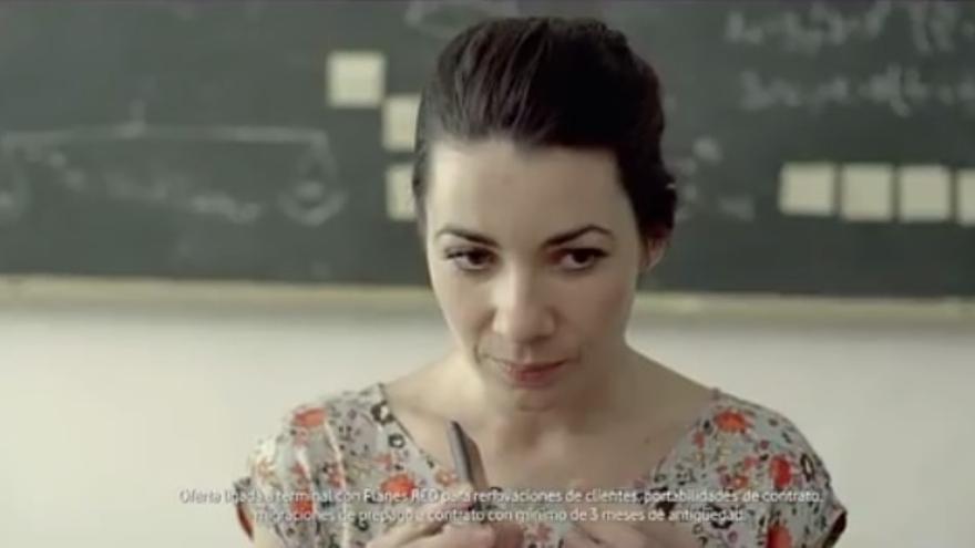 Fotograma del anuncio de Vodafone 'Móvil nuevo cada año'.