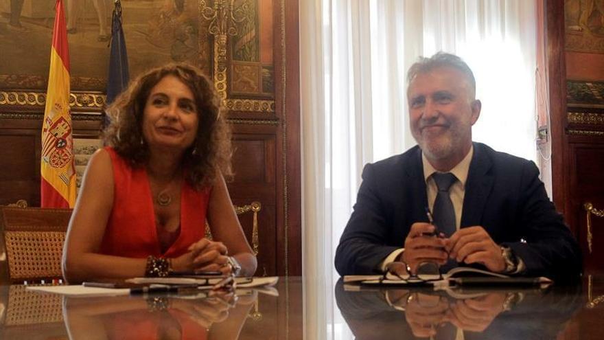 Montero avanza que habrá un Consejo de Política Fiscal antes de fin de año