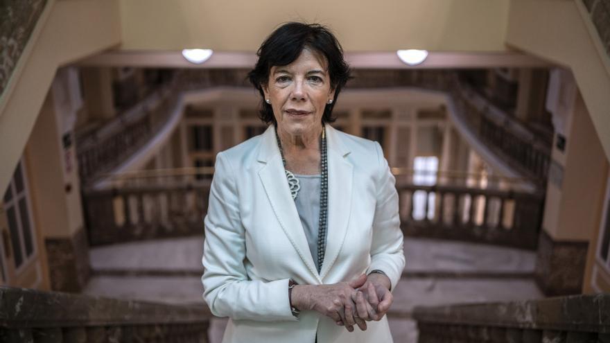 La ministra de Educación, Isabel Celáa. / Olmo Calvo