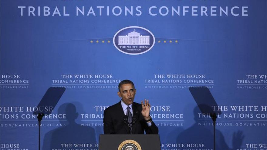 Obama anuncia que los ciudadanos podrán mantener sus seguros médicos durante 2014