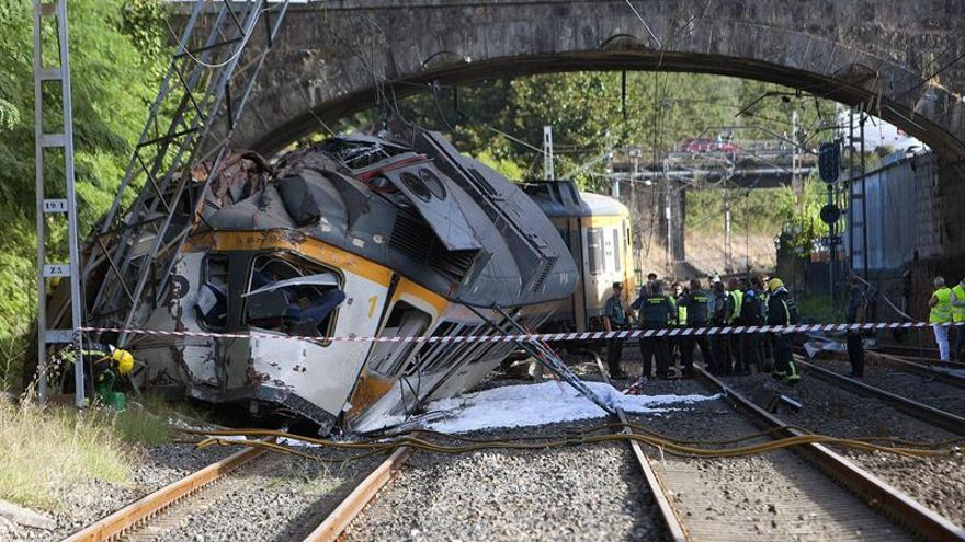 """Técnico ferroviario: accidente de O Porriño """"apunta a un exceso de velocidad"""""""