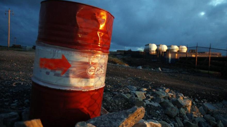 Gobierno argentino amenaza con prisión a petroleros que exploren en Malvinas