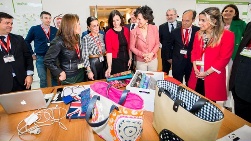 Banco Santander impulsa diversas iniciativas de emprendimiento que fomentan la igualdad de género.
