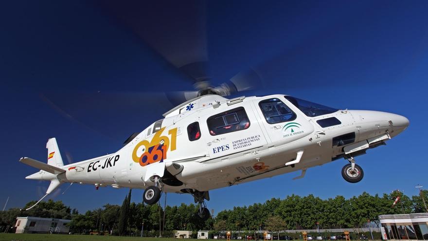 Los equipos aéreos del 061 prestan 25 asistencias en la provincia durante 2016