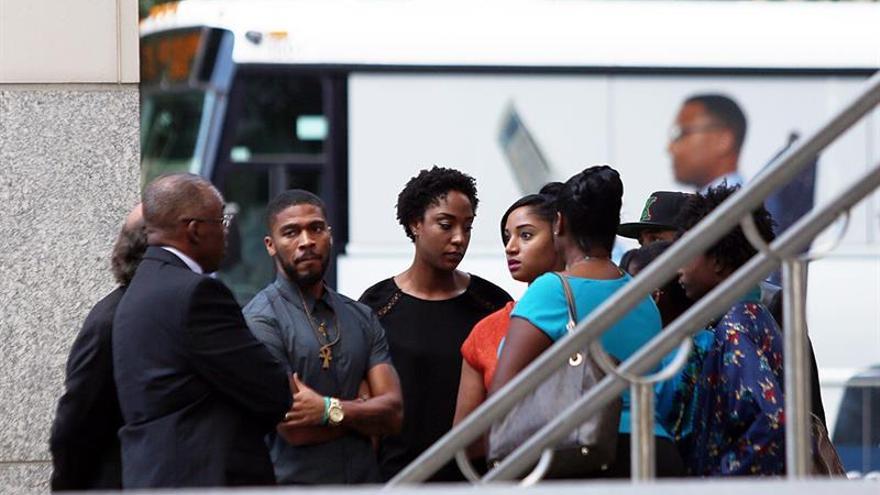 El policía que acabó con la vida de un afroamericano en Charlotte no será procesado