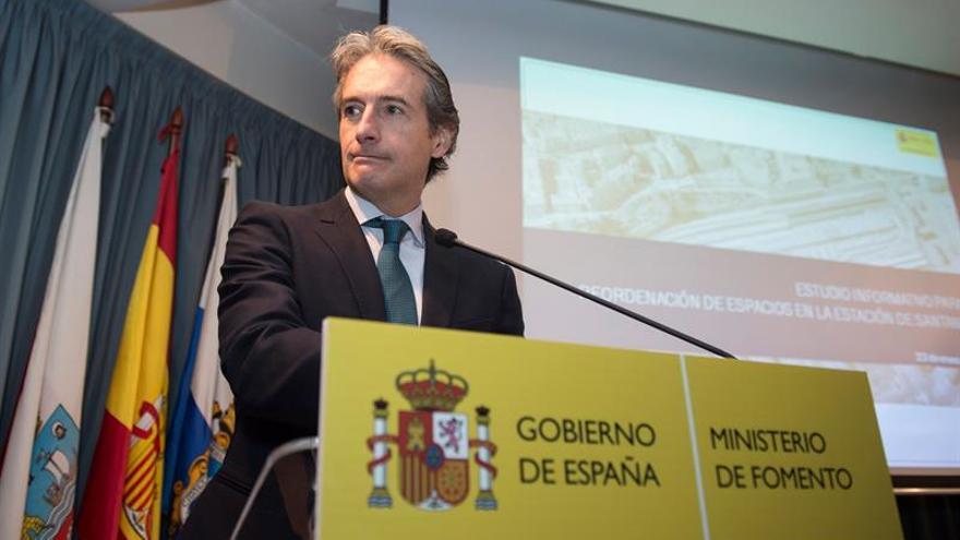 De la Serna cree que camino lleva a Puigdemont a rendir cuentas ante la Justicia