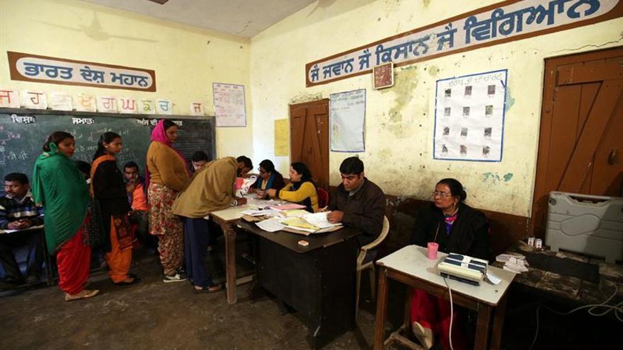 El resultado que obtenga el partido del primer ministro Modi en las elecciones estatales del próximo mes en Uttar Pradesh será una prueba fundamental de su apoyo.