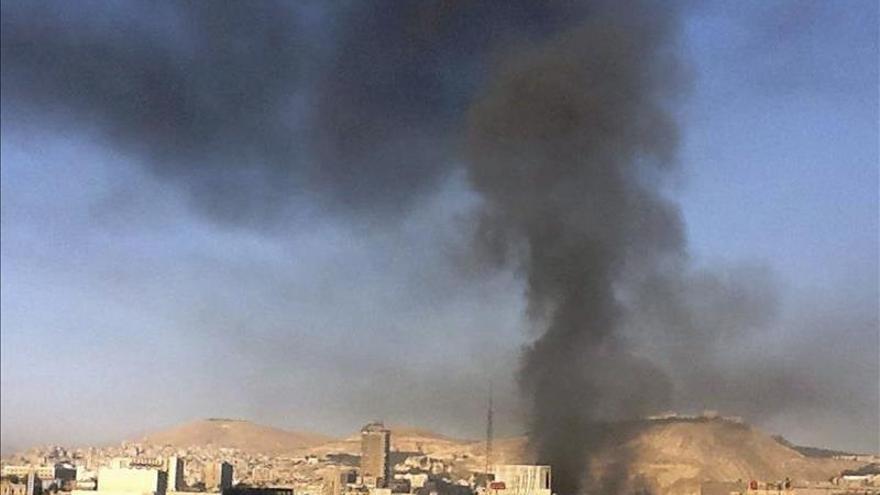 Los rebeldes lanzan un ataque contra un cuartel de Hizbulá al norte de Damasco