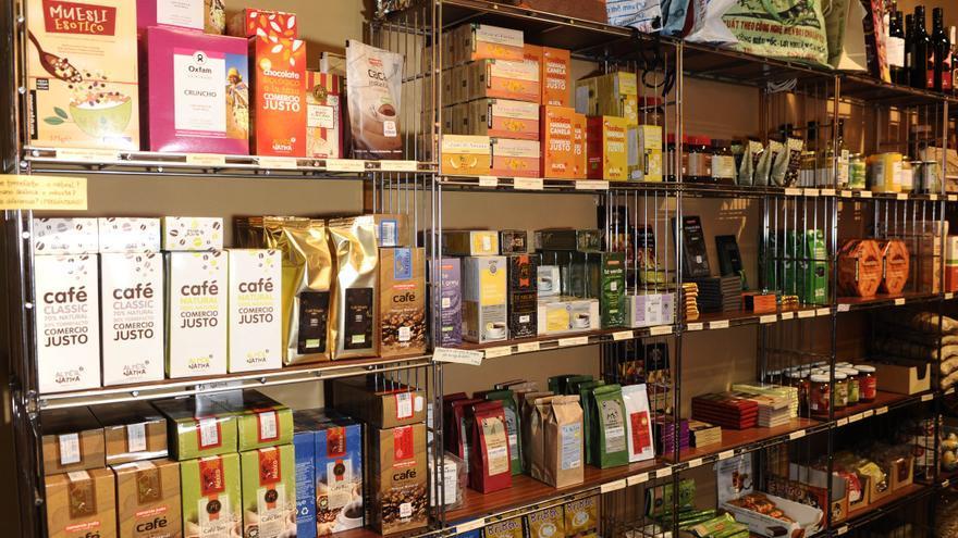 Alimentos de Comercio Justo. | Foto: M Charlon. (Imagen cedida por la Coordinadora de Comercio Justo).