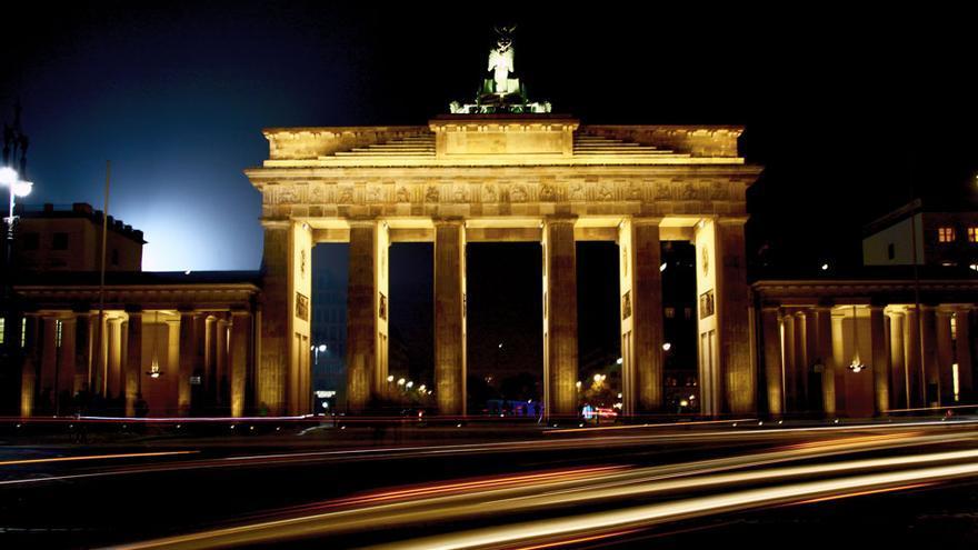 La puerta de Brandenburgo fue reconstruida tras la Segunda Gran Guerra.