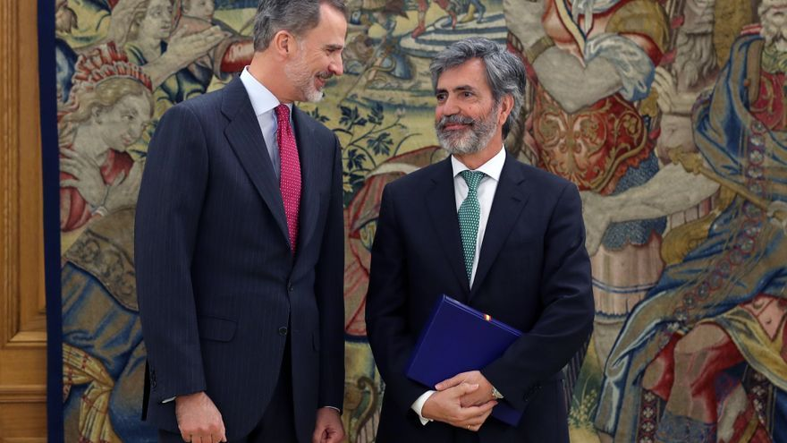 El presidente del CGPJ, Carlos Lesmes, en una audiencia con el rey Felipe VI en diciembre de 2019.