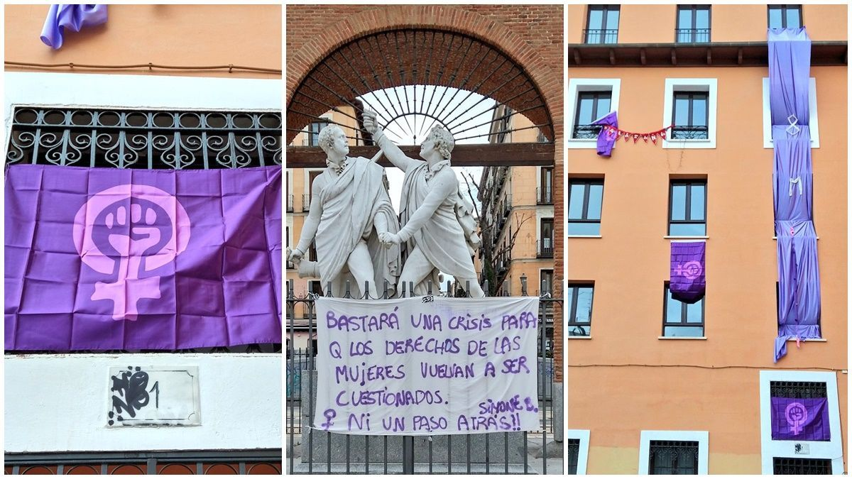 Decoración feminista por el 8M en la Plaza del Dos de Mayo