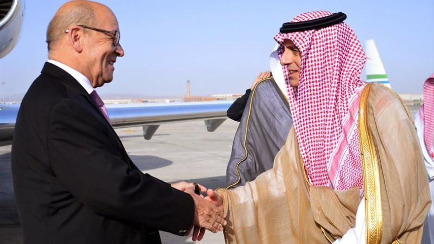 Francia pide en Catar que los países del Golfo rebajen la tensión