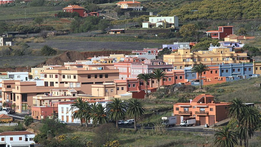 Núcleo de viviendas en Breña Alta.