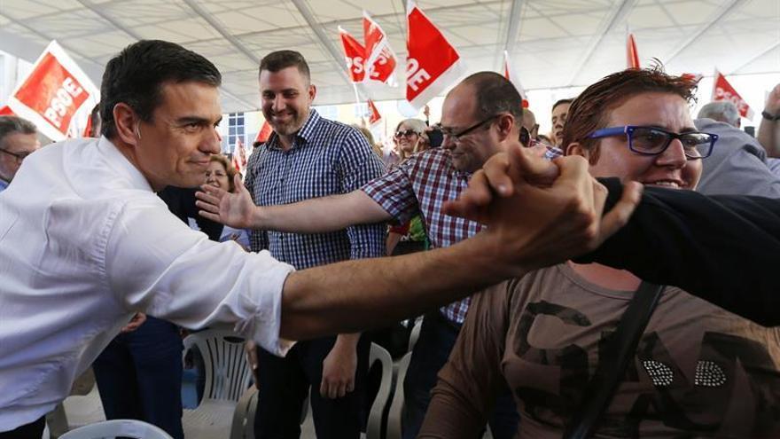 Sánchez marca distancias con Iglesias: internacionalista, no independentista