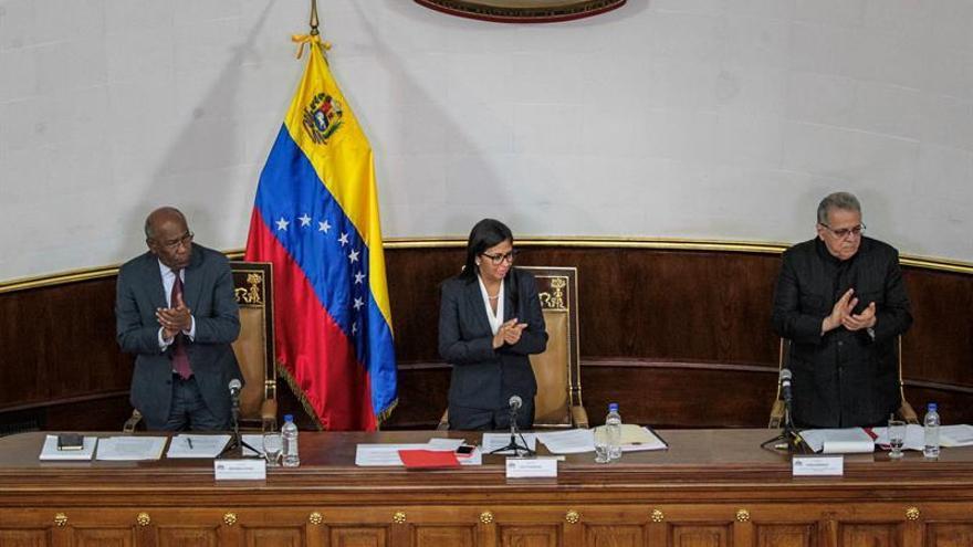 """La Constituyente pide sancionar a políticos que han promovido """"agresión militar"""""""