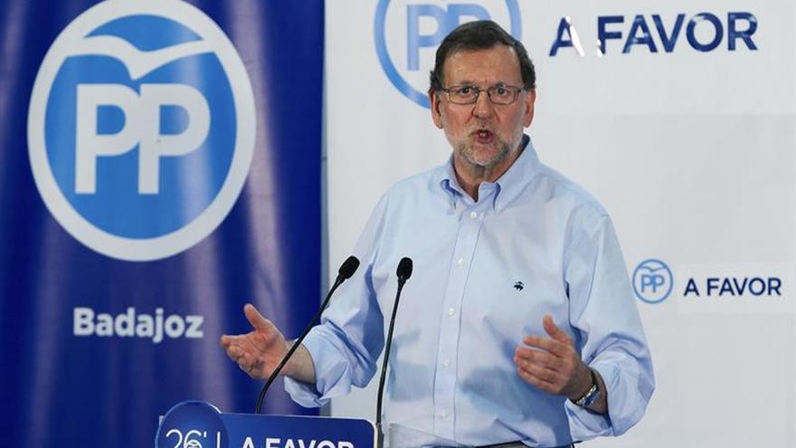 """Rajoy vuelve a pedir que """"todo el voto moderado se concentre en el PP"""""""