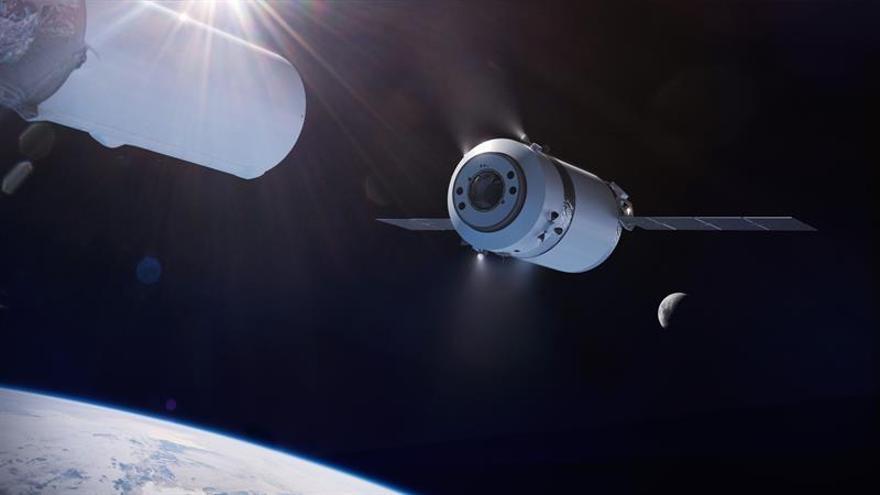Un millonario japonés busca ocho personas para orbitar la Luna durante seis días en 2023