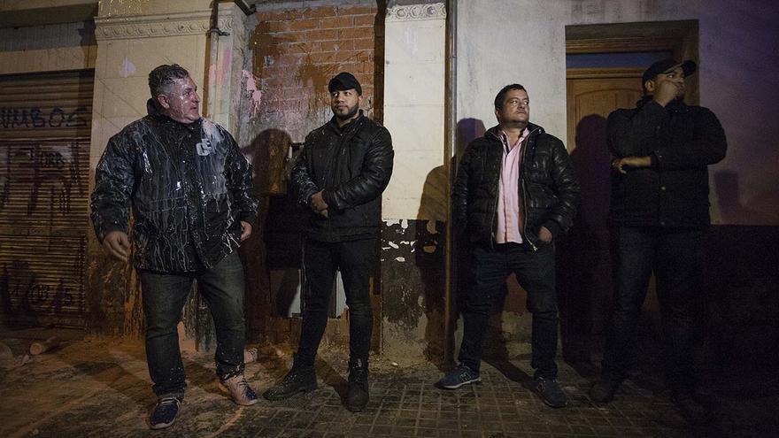 Alguns manifestants han tirat ous i pintura als membres de l'empresa de seguretat privada Elite Control