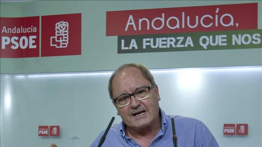 El PSOE cree que el PP puede dejar de ser alternativa de gobierno en Andalucía