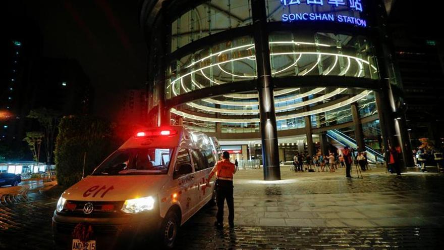 Al menos 21 heridos por la explosión en un tren en Taipei por causa desconocida