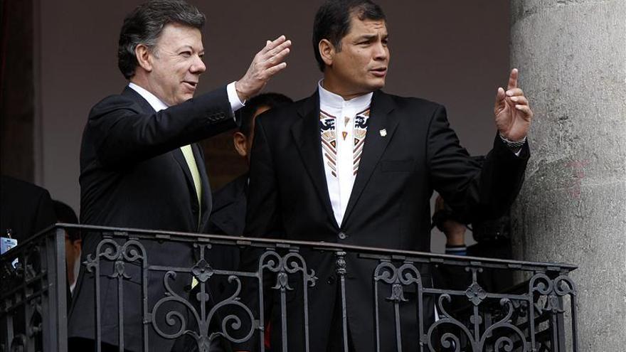 Los presidentes de Colombia y Ecuador se reunirán mañana en la frontera común