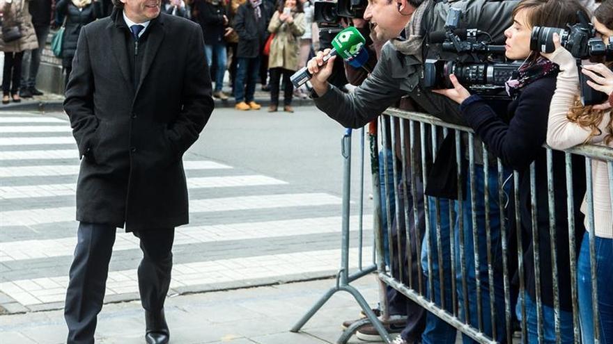 Puigdemont, antes de su rueda de prensa en Bruselas.