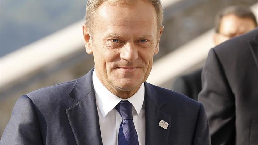 Tusk: El objetivo es no permitir nunca la llegada incontrolada de refugiados