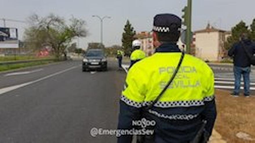 Policía Local detiene a un hombre tras golpear a su madre con un martillo en la cabeza