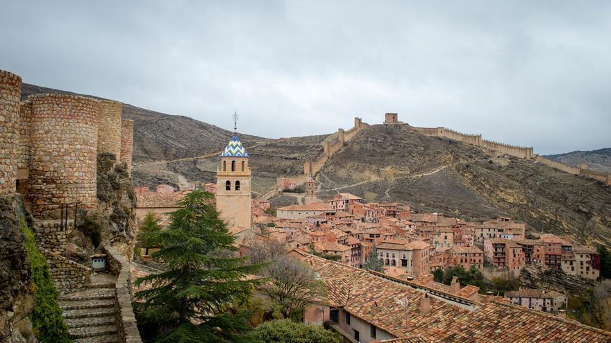 Albarracín es uno de los mejores ejemplos de ciudad fortificada de España. Munea Viajes
