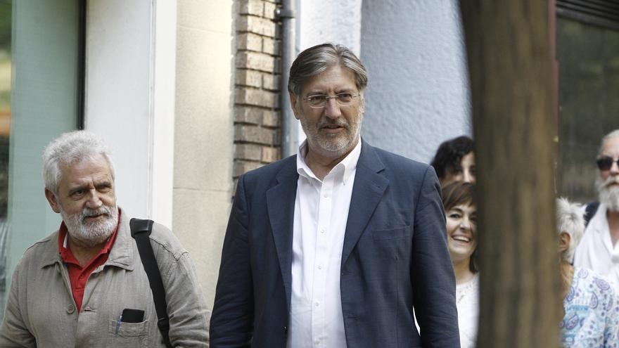 Pérez Tapias presenta su dimisión como portavoz de la corriente del PSOE Izquierda Socialista