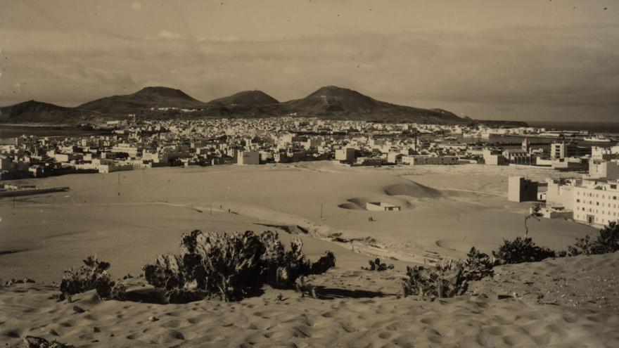 Dunas en Las Palmas de Gran Canaria en la década de los 50 del siglo XX