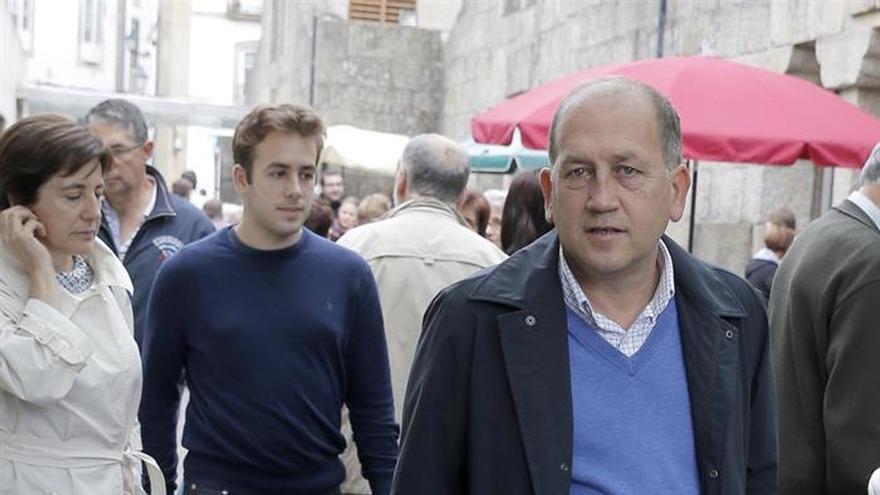 El candidato del PSdeG a la Xunta pasa en familia la jornada de reflexión