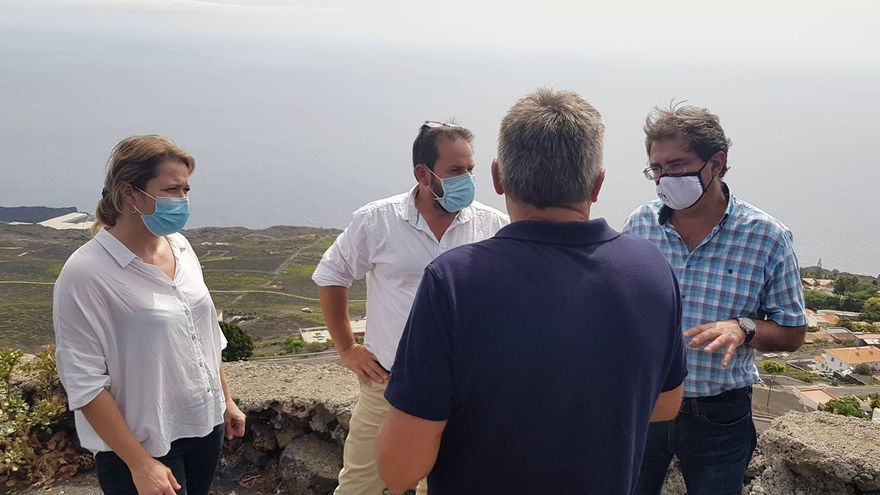 El Cabildo encarga el proyecto de dos depósitos y una red de riego para paliar el daño de la sequía al viñedo de Fuencaliente