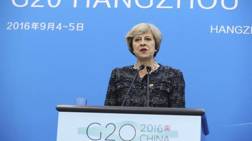 May: la comunidad internacional está abierta a pactos comerciales con Londres