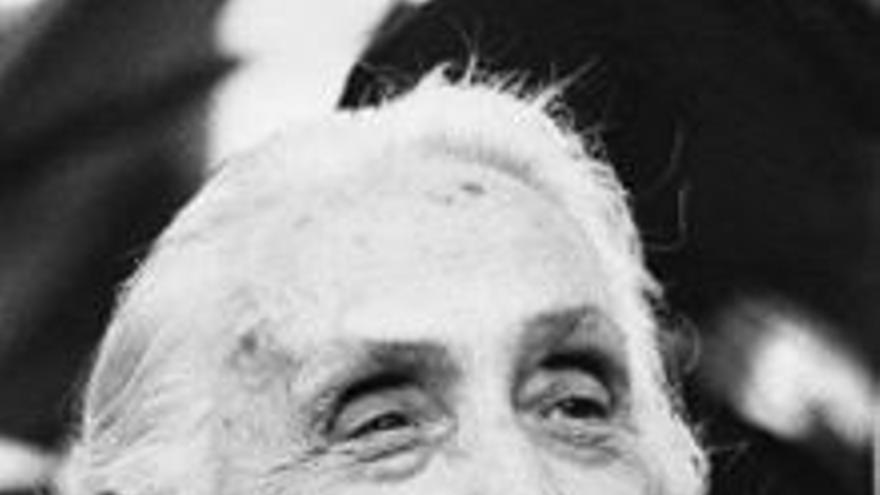 Dolores Ibarruri, la Pasionaria.