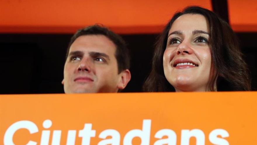 Ciudadanos inicia contactos y aspira a aumentar su peso en la Mesa del parlamento del catalán