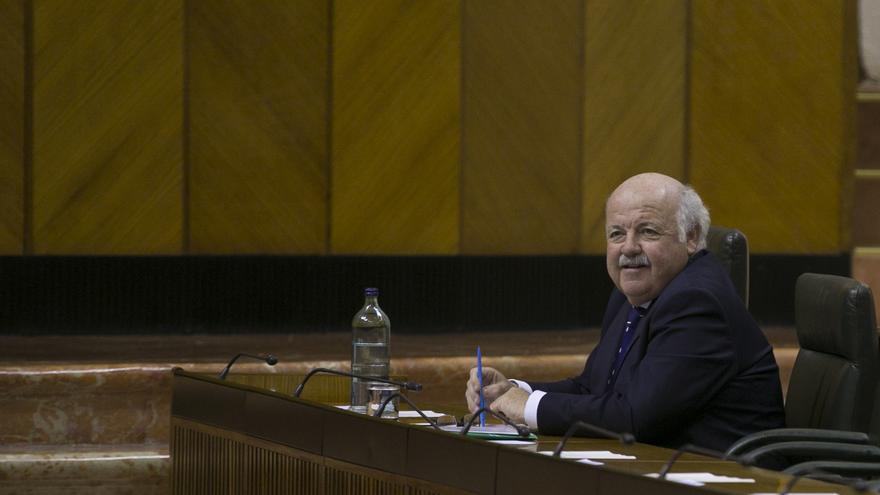 """Aguirre insiste en que """"no hay ningún positivo"""" entre los hasta ahora """"26 casos sospechosos"""" en Andalucía"""
