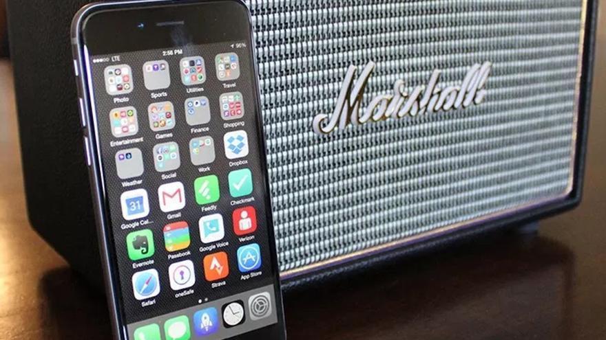 El equipo de Eleven Paths ha utilizado un altavoz Bluetooth de la marca Marshall como este