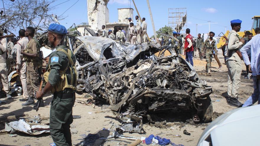 22 muertos, 5 de ellos terroristas, tras el ataque Al Shabab a un hotel Mogadiscio