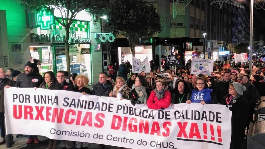 Cabecera de la manifestación del personal de Urgencias del CHUS