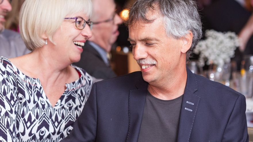 El filósofo Will Kymlicka con Sue Donaldson, coautora del libro 'Zoópolis, una revolución animalista'