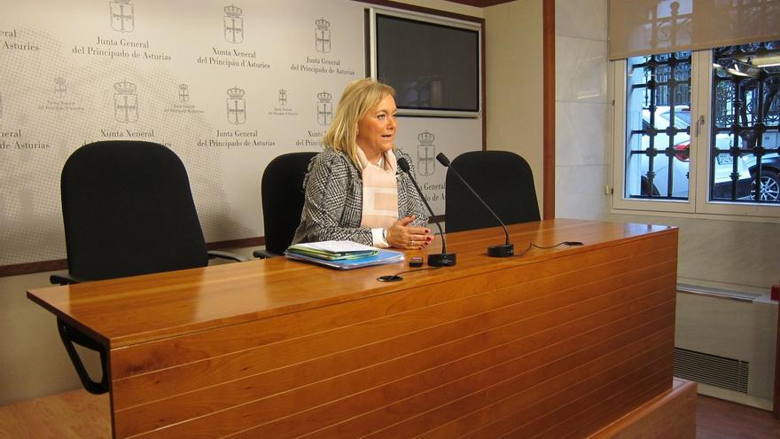 Mercedes Fernández (PP) no opina sobre si Cospedal puede compatibilizar Defensa y la secretaría general