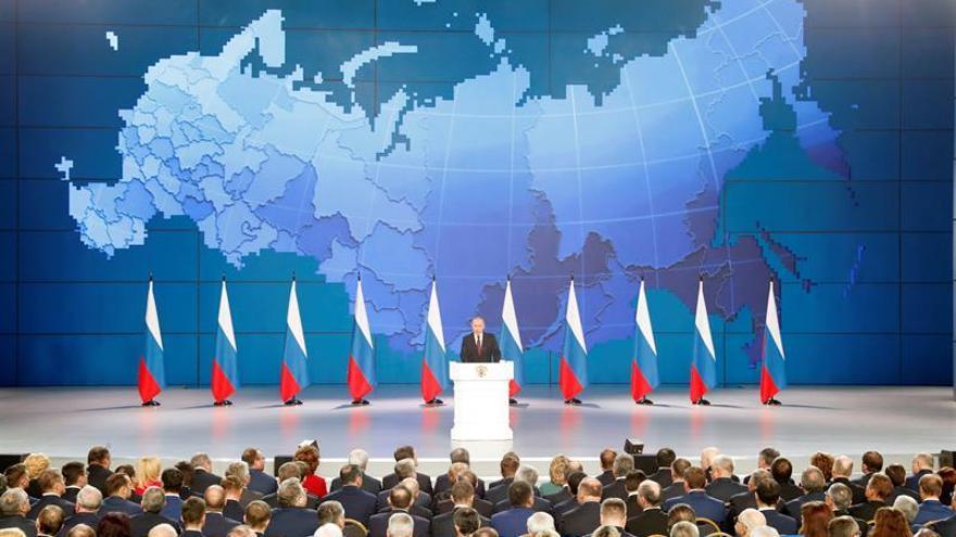 Putin admite la posibilidad de desconexión rusa de la red mundial de internet