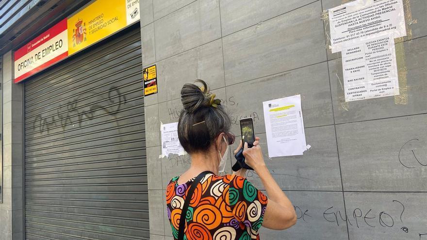 La nueva normalidad no ha mejorado el acceso al empleo de jóvenes y mujeres en Castilla-La Mancha