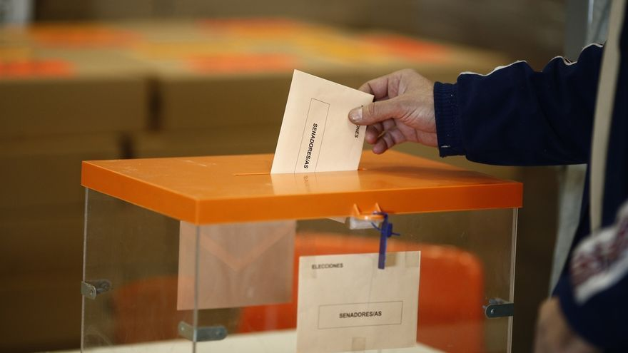 Más de 6,5 millones de andaluces podrán votar este domingo en las elecciones, un 1,77% más que en 2011
