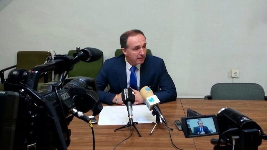 """PP afirma que 50 clubes y 80 actividades deportivas tienen la subvención """"en el aire"""""""