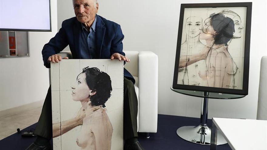 """""""Cuerpos y flores"""", el primer libro de artista de Antonio López, a la venta"""
