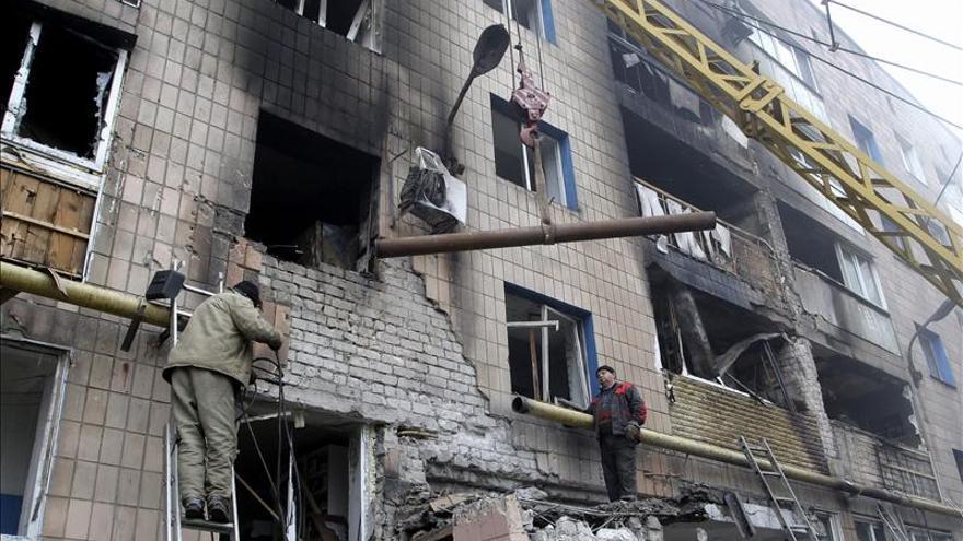 Kiev denuncia la incursión de tanques, cañones y tropas desde Rusia